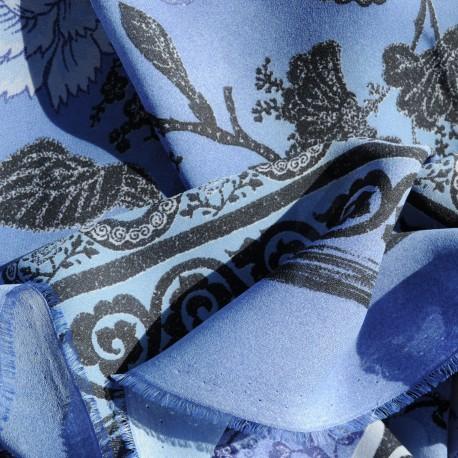 Coupon crêpe polyester bleu 2m40 en 140cm n°738