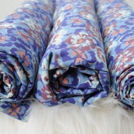 Au mètre Coton bleu fleuri en 150cm n°06