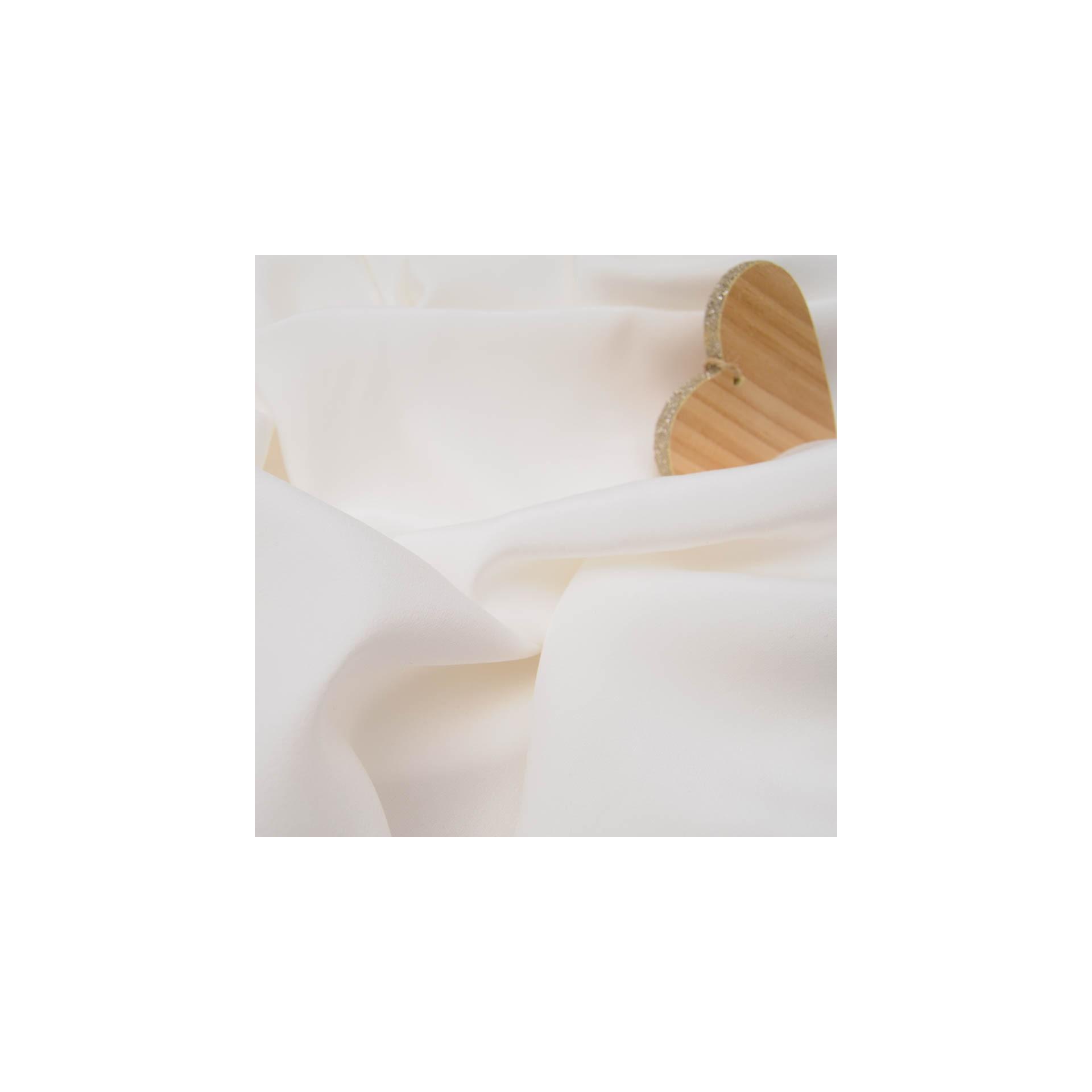 Au m tre voile de soie n 946 uni en 140cm ivoire defilentissus - Voile de forcage au metre ...