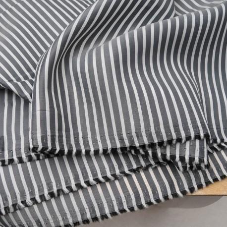 Au mètre, viscose polyester rayé noir et blanc en 160 cm Ref 1007