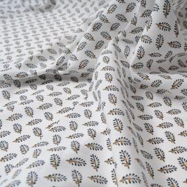 Au mètre Voile de coton blanc Haute Couture rameaux d'oliviers en 145cm n°10298