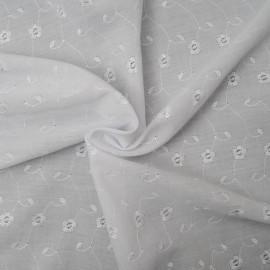 Au mètre Broderie anglaise blanc optique en 150cm Polyester & Coton n°10349