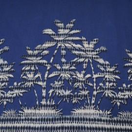 Au mètre Jersey Viscose fond bleu motif palmier blanc en 150cm n°10371
