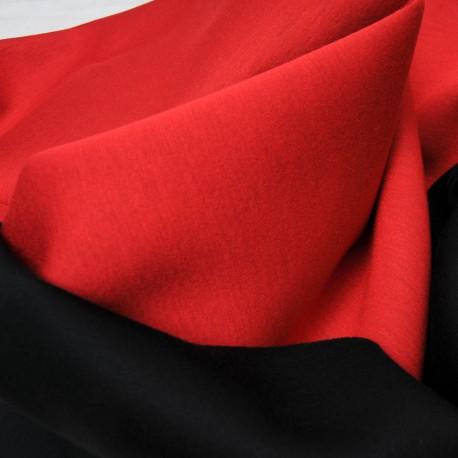 Coupon type néoprène polyester rouge envers noir 1m15 par 125cm n°10431
