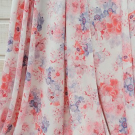 Coupon maille polyester et Lycra fond blanc à fleur rose et mauve 2m40 en 150cm