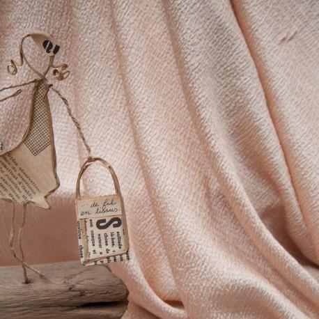 Au mètre magnifique tissu texturé nude en 130cm n°10697