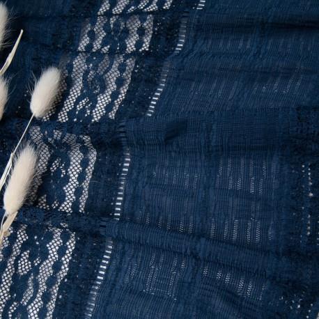Au mètre tissu effet entre 2 dentelles bleu marine n°10786